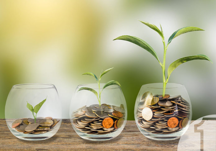 Χρειάζεστε χρήματα για την επιχείρησή σας; Ποτήρια με κέρματα. Ena Blog