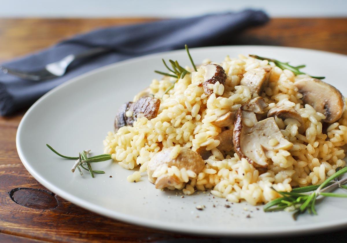 Ρύζι στο φούρνο με μανιτάρια και σέρι   Ena Blog