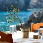 Οι 5 πιο δημοφιλείς γαστρονομικοί προορισμοί στην Ελλάδα αυτό το καλοκαίρι | Ena Blog