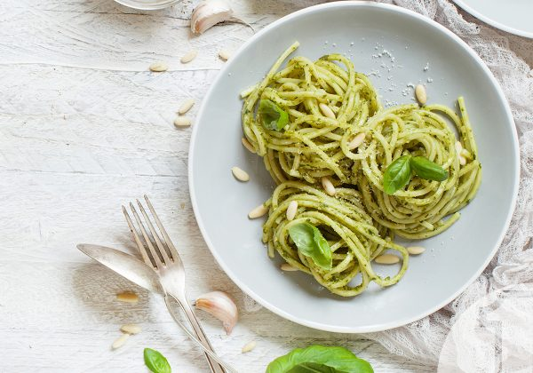 Σπαγγέτι με πέστο μπρόκολου | Ena Blog
