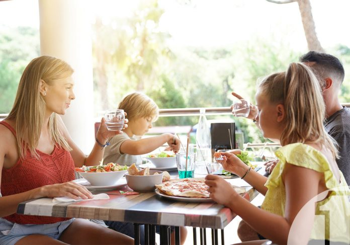 5 λόγοι για να επικεντρωθεί η τουριστική σας επιχείρηση σε οικογένειες | Ena Blog