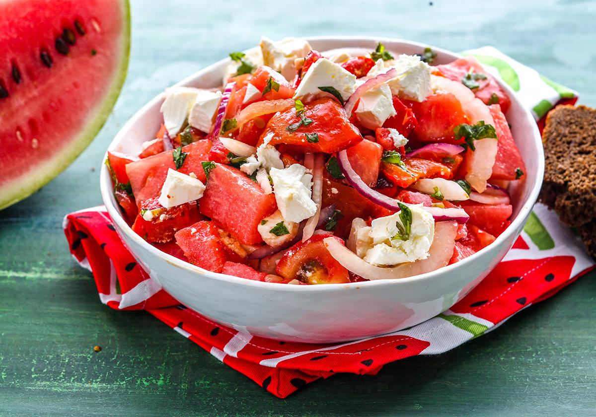 Χωριάτικη σαλάτα με καρπούζι και φέτα   Ena Blog