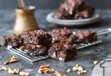 Brownies με κολοκύθια και καρύδια   Ena Blog
