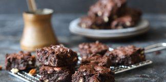 Brownies με κολοκύθια και καρύδια | Ena Blog