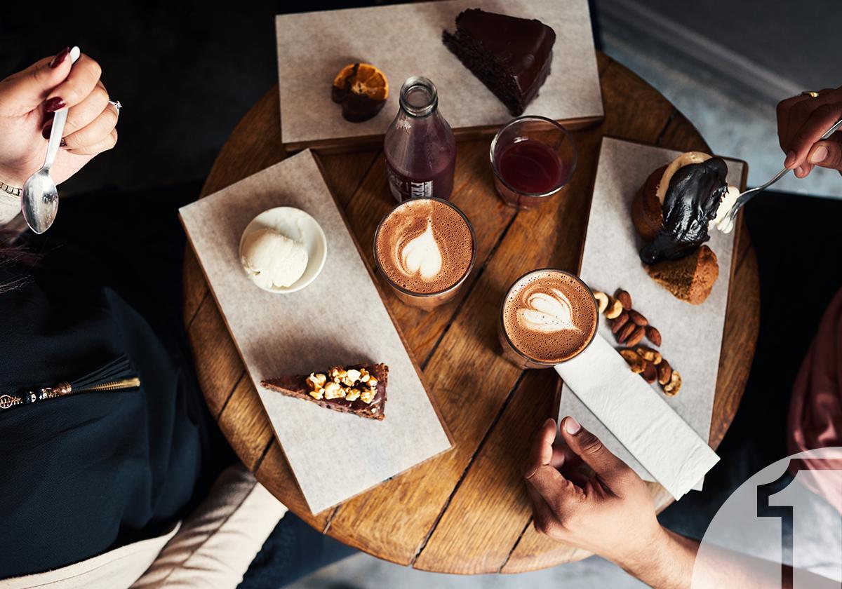 Καφετέρια και γλυκό. Το μυστικό μιας ισορροπημένης σχέσης | Ena Blog