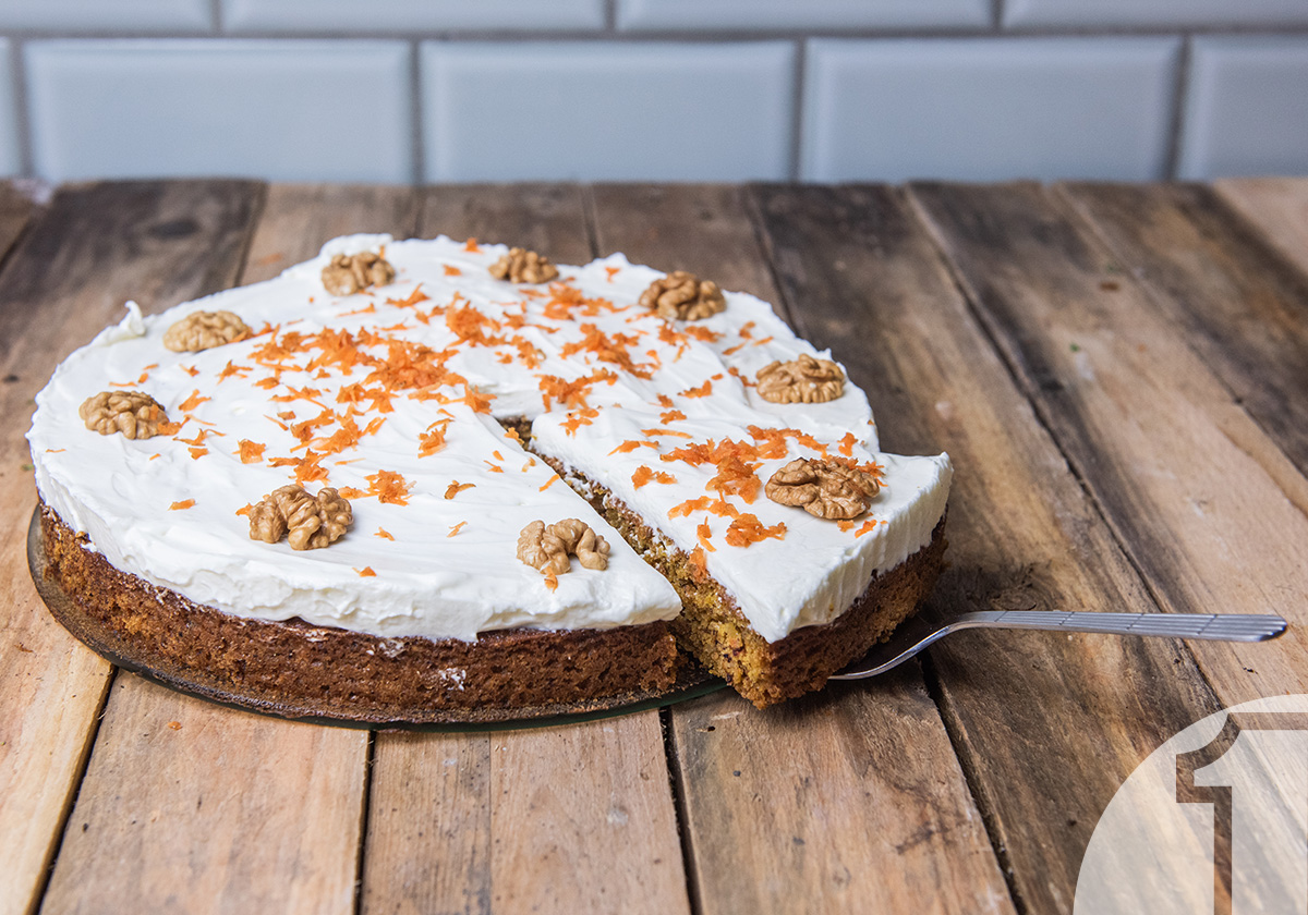 Vegan κέικ καρότου, με γλάσο | Ena Blog