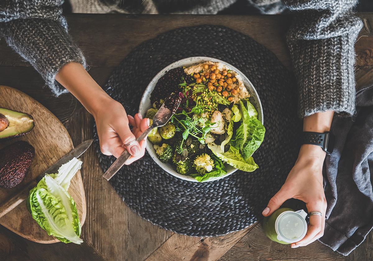 Vegan: Μια παγκόσμια τάση που έρχεται να πάρει θέση και στα ράφια σας | Ena Blog