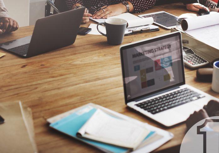 Οι βασικές κινήσεις για αποδοτικό digital marketing μιας μικρομεσαίας επιχείρησης | Ena Blog