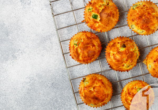Αλμυρά κέικ με μανιτάρια και σπανάκι για ορεκτικά ή συνοδευτικά   Ena Blog